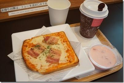 羽田空港国際線「Expasa Cafe羽田」で飛行機を見ながら500円モーニングセットの編
