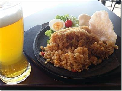 羽田空港第1ターミナルの展望デッキの「SKY STATION」でナシゴレンピラフを食するの編